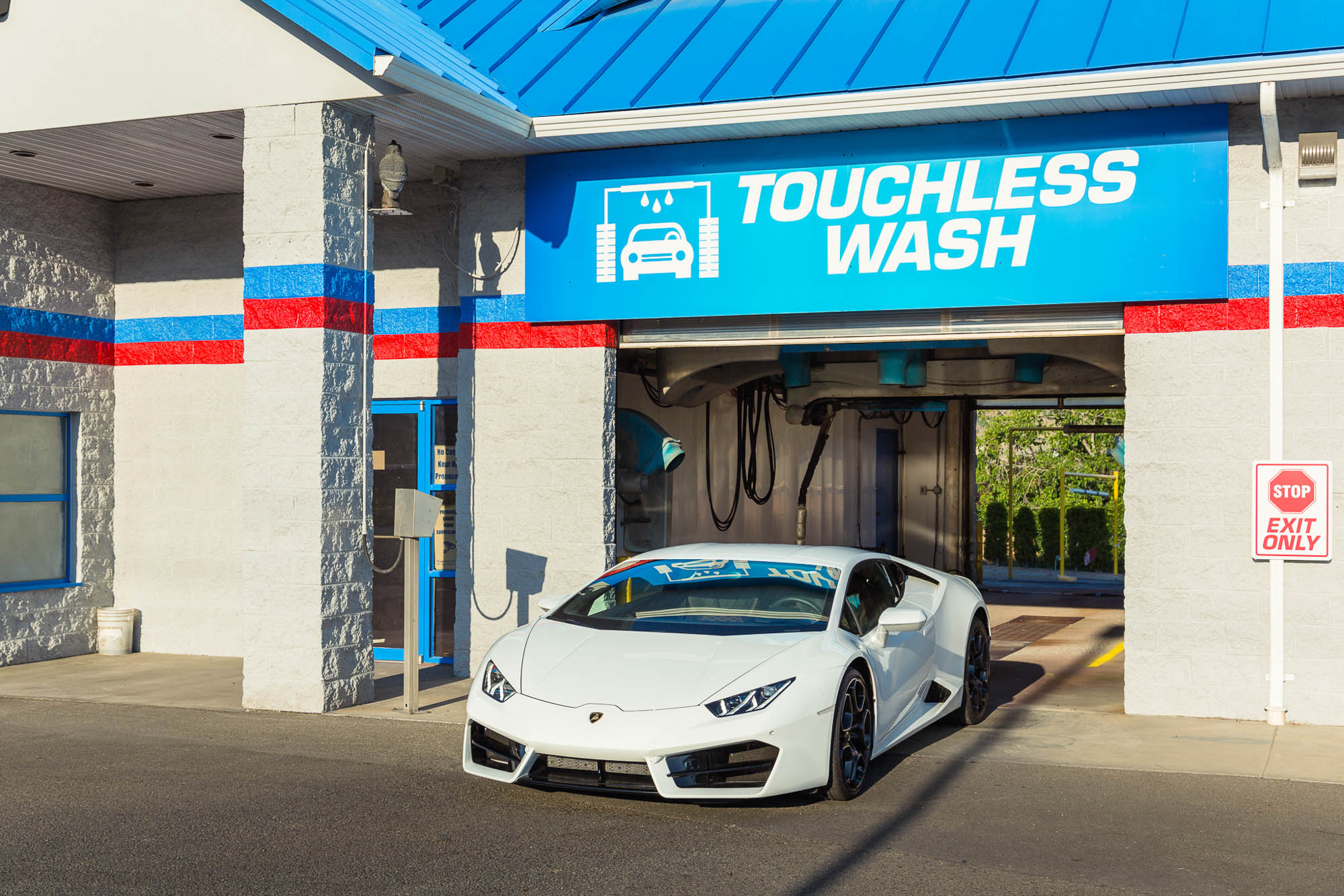 How to Find the Right Car Wash Near Me   Car Detailing Near Me